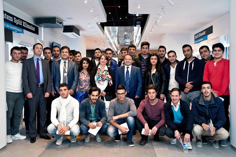 İstanbul Kültür Üniversitesi İklimlendirme ve Soğutma Teknolojileri Bölümü öğrencileri